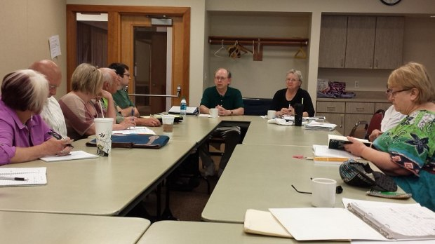 Mark Thalman poet speaks to Writers in the Grove group on June 22 2015 - Photography by Lorelle VanFossen - Forest Grove Senior and Community Center.